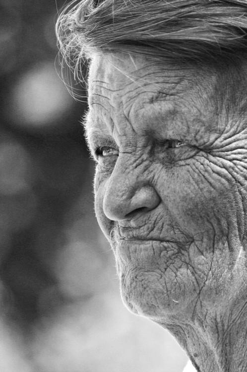 морщинистые бабушки фото